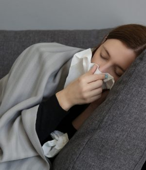 How You Should Sleep With a Stuffy Nose?